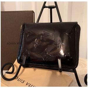 Louis Vuitton Authentic Bloom Wallet Vernis Black